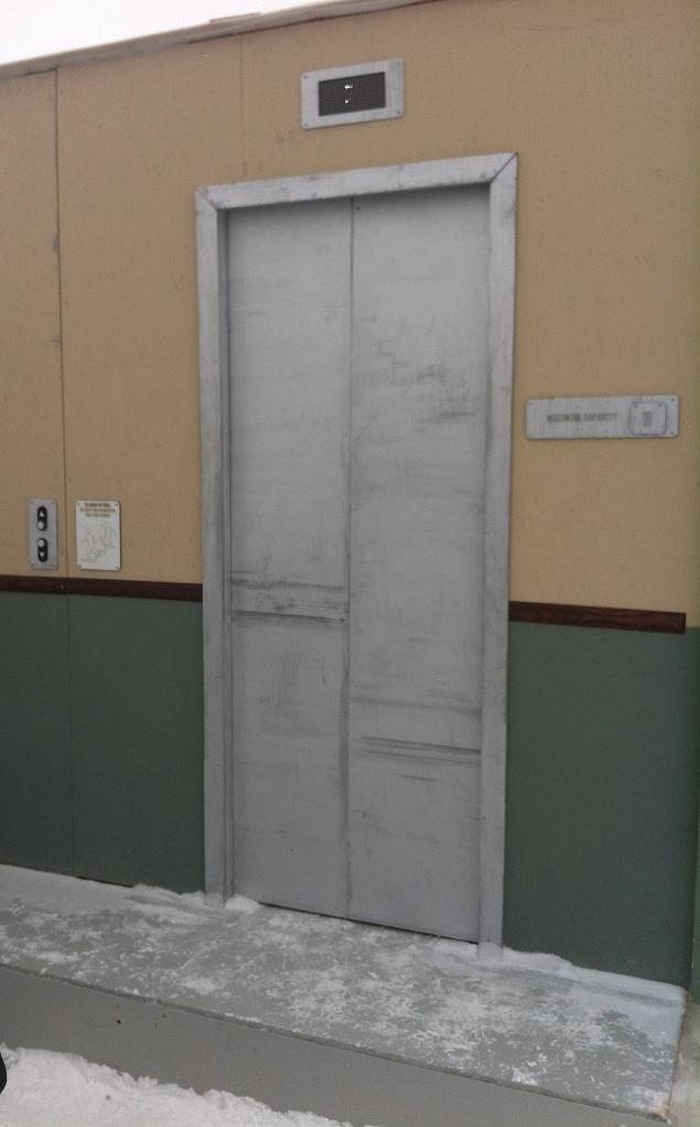 23_elevator
